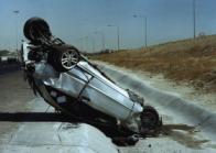 Mercedes distrutta