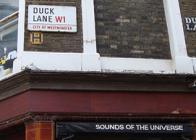 Il negozio di dischi Sounds of the universe