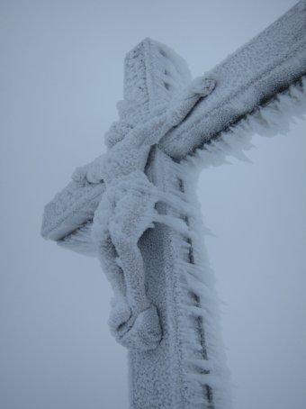 Crocifisso neve